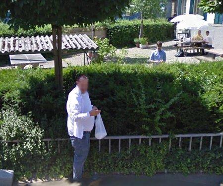 Peter Hogenkamp mit Znünisäckli erwischt