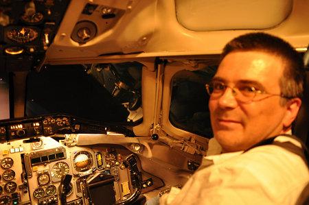 Im Cockpit des MD-83-Flugsimulators